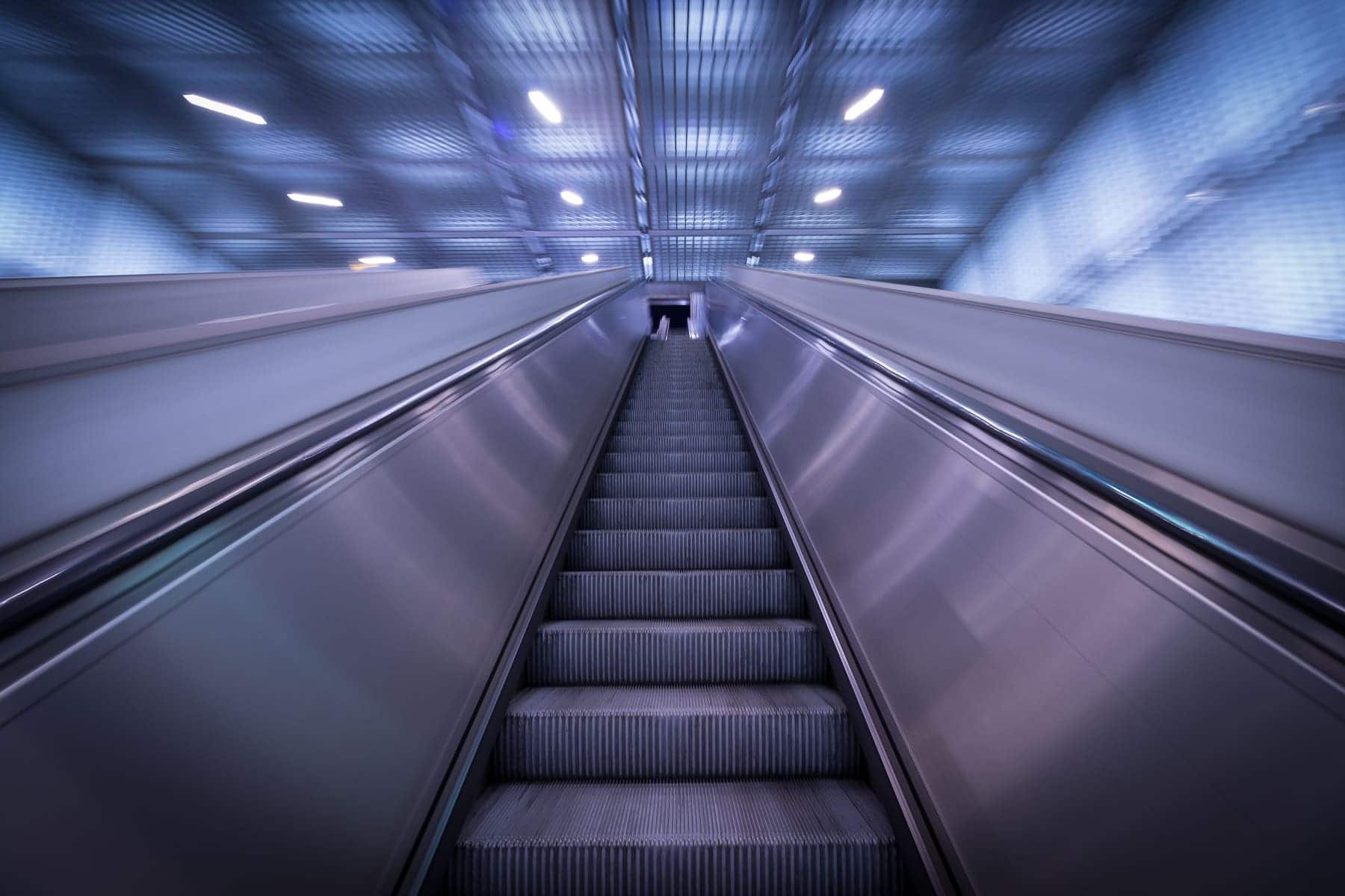 Coaching Leipzig Bild einer Rolltreppe auf dem Willhelm Leuschner Platz in Leipzig